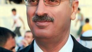 Rami Hamdallah, président de l'université An-Najah en Cisjordanie, a été chargé par Mahmoud Abbas de former un nouveau gouvernement palestinien.