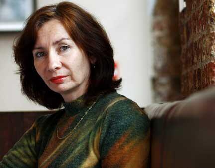 """Сотрудник ПЦ """"Мемориал"""" Наталья Эстемирова. Лондон, 2007 год."""
