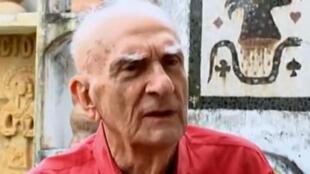 O poeta e dramaturgo Ariano Suassuna morre nesta quarta-feira, aos 87 anos.