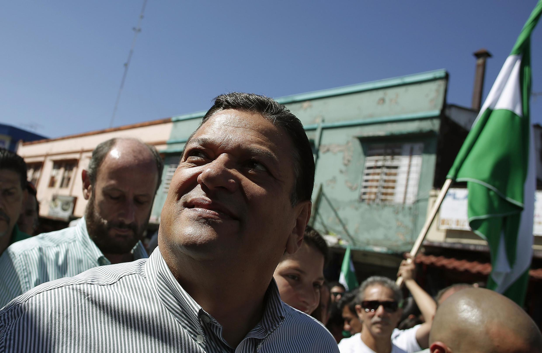 Johnny Arraya, du PLN  le parti de libération national, ancien, maire de la capitale San José, fait également figure de favori au même titre que José Maria Villalta.