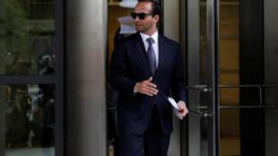 L'ancien conseiller de campagne George Papadopoulos à sa sortie du tribunal, le 7 septembre 2018 à Washington.