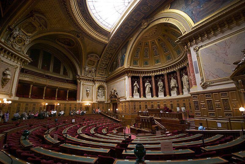 Зал заседаний Сената Франции в Люксембургском дворце.