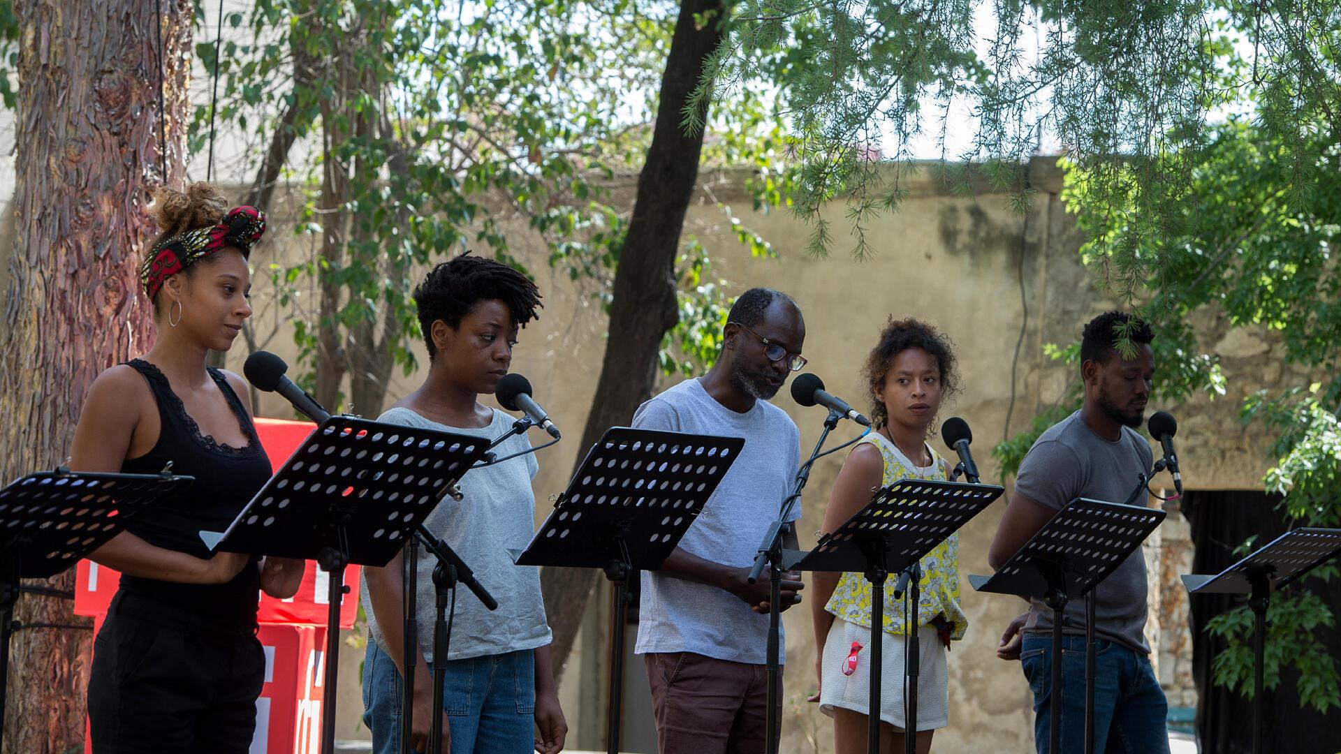 TRANSE-MAITRE[S] de Mawusi Agbedjidji. Ça va, ça va le monde! Festival d'Avignon 2019.