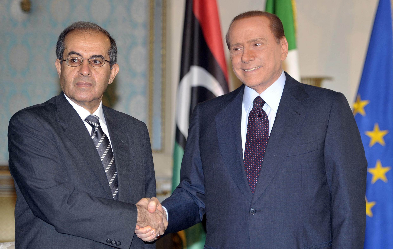 Махмуд Джибриль и Сильвио Берлускони в Милане 25 августа 2011