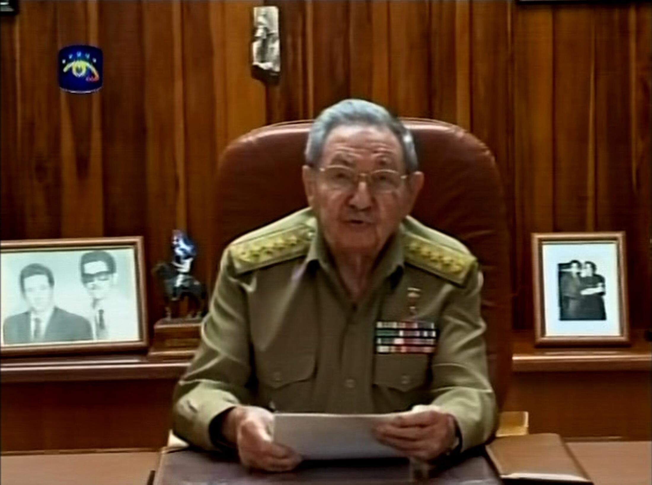 El presidente cubano Raúl Castro se dirige a la nación en la televisión pública, este 17 de diciembre de 2014.