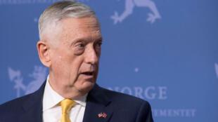 Le ministre américain de la Défense JimMattis, lors d'une conférence de presse à Oslo, le 14 juillet 2018.