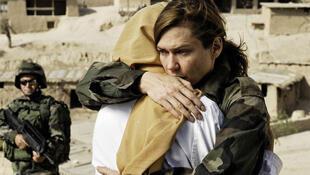 L'actrice Marie-Josée Croze, médecin dans «Le Piège afghan».