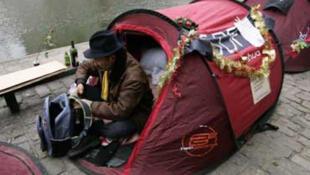 Francia: muchas personas no tienen donde vivir o viven en situaciones extremas de precariedad.