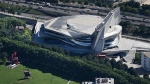 Vue aérienne de la Philharmonie de Paris où se tient le concours «La Maestra» jusqu'au 18 septembre 2020.