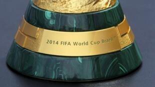 O Rio de Janeiro precisa ser pacificado para receber a Copa do Mundo em 2014 e os Jogos Olímpicos em 2016 .