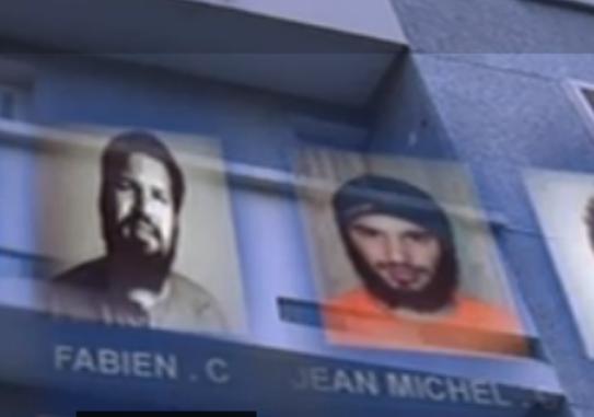 """""""فابین کلن"""" ( نفر سمت چپ) و برادرش """"ژان میشل"""" (نفر سمت راست)."""