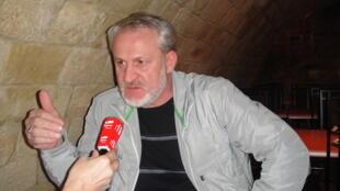 Ахмед Закаев у микрофона РФИ