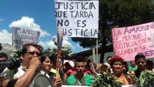 Manifestación de la UDAPT, en Ecuador.
