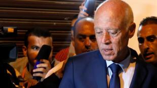 """""""قیس سعید"""" نامزد پیشتاز دور اول انتخابات تونس. یکشنبه ٢٤ شهریور/ ١۵ سپتامبر ٢٠۱٩"""