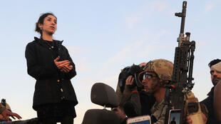 L'activiste yézidie et prix Nobel de la Paix, Nadia Murad, en visite à Sinjar dans le Kurdistan Irakien, le 14 décembre 2018.