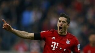 Robert Lewandowski set a Bundesliga record with his give goal haul against Wolfsburg.