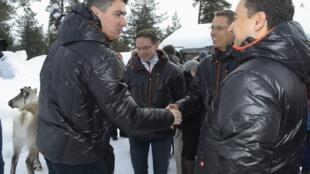 Para o primeiro-ministro da Croácia, Zoran Milanovic (esquerda), o próximo desafio do país é entrar para o espaço Schengen.