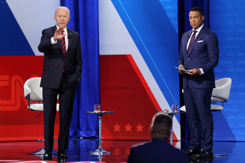 美国总统拜登与CNN主持人唐·莱蒙资料图片