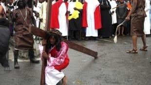 Fête de Pâques célébrée par les fidèles, le vendredi Saint. Ici à Lagos le 6 avril 2012