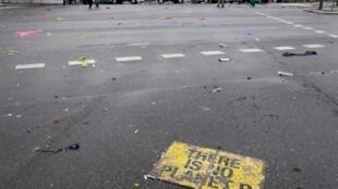 «Il n'y a pas de planète de rechange», peut-on lire sur cette pancarte abandonnée après de violents affrontements entre police et manifestants, le 16 décembre à Copenhague.