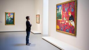 В зале Матисса на выставке «Шедевры нового искусства. Собрание С.И Щукина» в фонде Louis Vuitton, Париж