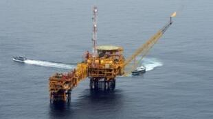 Une plateforme pétrolière de l'entreprise Total au large de Port Harcourt dans le delta du Niger (image d'illustration).