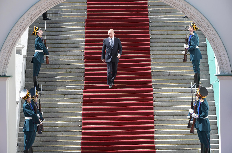 Le président russe Vladimir Poutine après la cérémonie d'investiture pour un quatrième mandat, à Moscou, le 7 mai 2018.