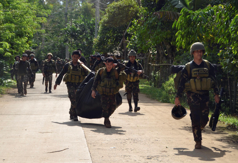 Ảnh minh họa : một chiến dịch quân sự tại vùng phía nam Philippines, ngày 26/08/2016.