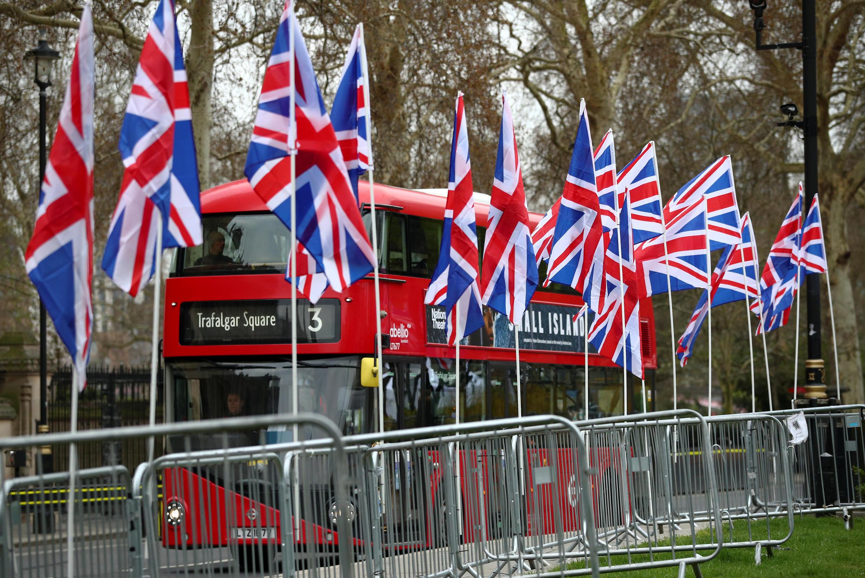 O governo britânico voltará a apresentar aos deputados, na sexta-feira (29), pela terceira vez, o acordo de Brexit negociado pela primeira-ministra Theresa May com a União Europeia.