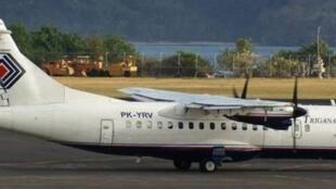 Một chiếc máy bay cánh quạt ATR-42 của hãng Trigana Air - DR