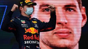 Le Néerlandais Max Verstappen vainqueur du GP d'Émilie-Romagne, à Imola, le 18 avril 2021