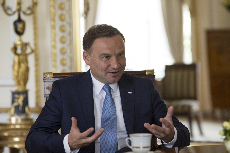 Le président polonais Andrzej Duda est à l'origine de la loi sur les ressources humaines.