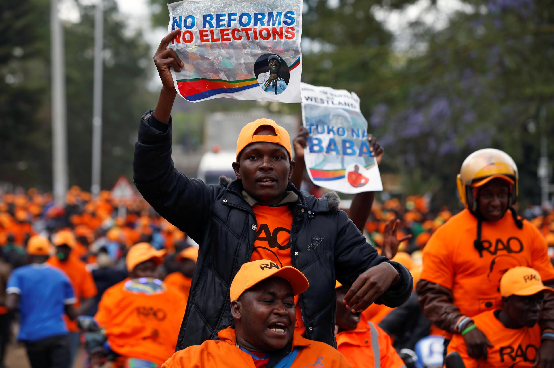Des partisans de Raïla Odinga, lors d'une manifestation à Nairobi, au Kenya, ce 25 octobre 2017.