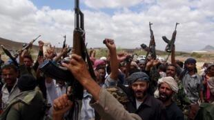 Combatentes fiéis ao presidente do Iêmen, Abd Rabbo Mansour Hadi, que está refugiado no sul do país.