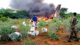 Le lieu du crash d'un avion près de Bardale, en Somalie, le 4 mai 2020.