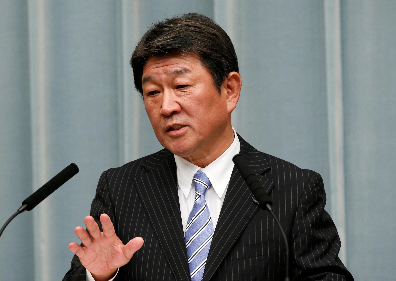 資料圖片:日本產經大臣茂木敏充2018年8月3日在東京的一次記者會上。