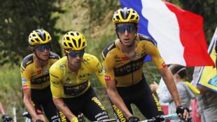 Le Slovène et maillot jaune Primoz Roglic, lors de la 13e étape.