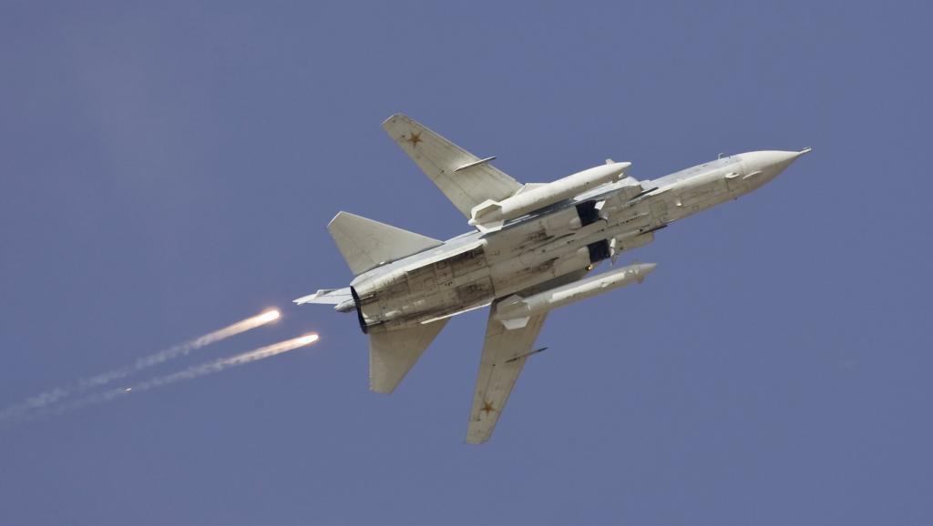 Ndege ya kijeshi iliodunguliwa na Uturuki kwenye mpaka wake na Syria ni Surkhoi Su-24.