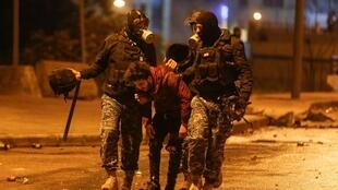 Hàng trăm người bị thương trong các cuộc đối đầu giữa cảnh sát và người biểu tình tối thứ Bảy 18/01/2020 tại Beyrouth, Liban.