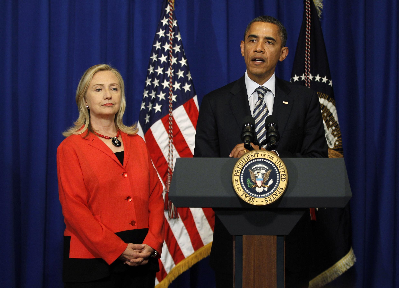 Tổng thống Obama thông báo bên lề Hội nghị Bali chuyến công du Miến Điện của Ngoại trưởng Mỹ Hillary Clinton 18/11/2011 (REUTERS)