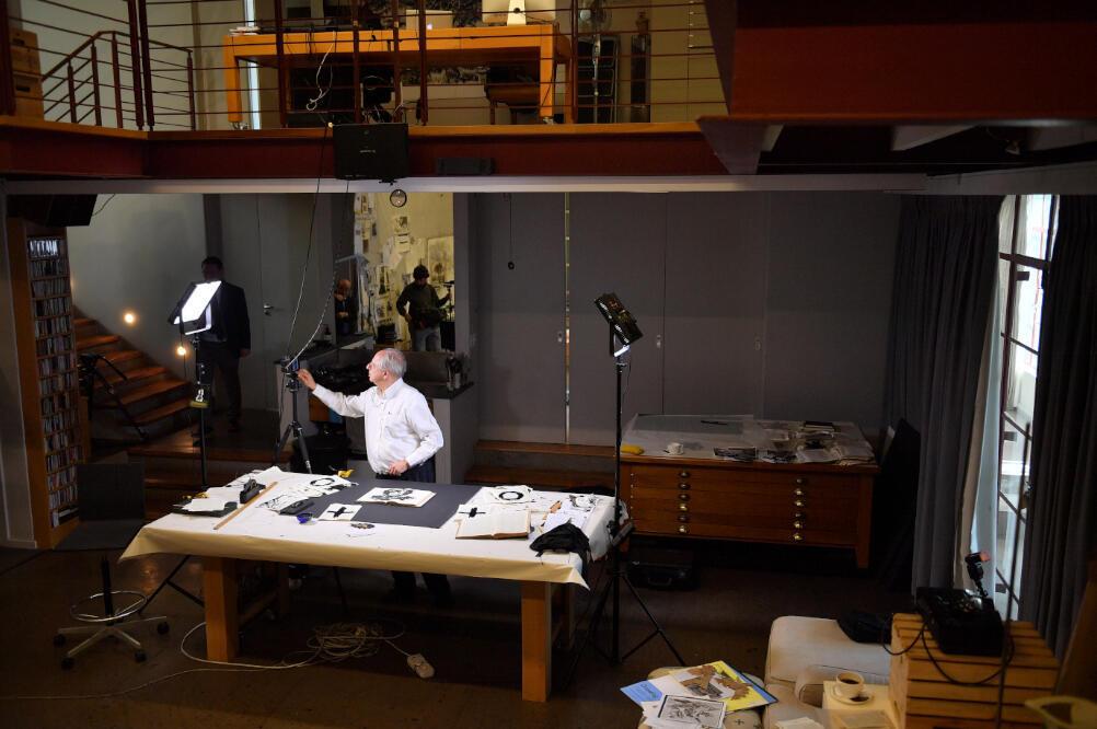L'artiste sud-africain William Kentridge dans son atelier à Johannesburg, 2019.