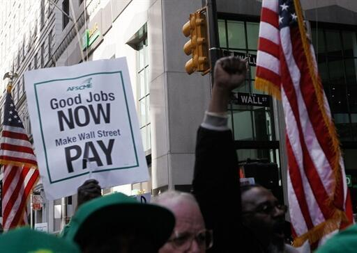 Dư luận Mỹ đòi giới ngân hàng phải bồi thường thiệt hại. Ảnh tháng 4/2010