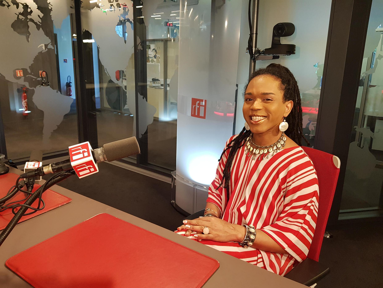 Erica Malunguinho nos estúdio da RFI em Paris.