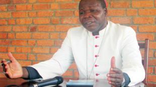 Dieudonne Nzapalainga, archevêque de Bangui.