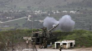 在遭火箭弹袭击之后 以色列对加沙哈马斯组织进行还击 2020年4月5日