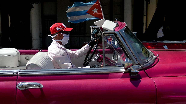 Cuba closes borders to non-residents over virus: president - RFI