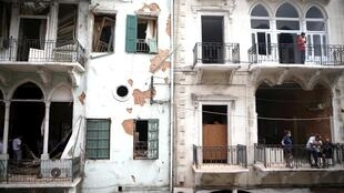 Au Liban, le souffle a brisé les vitres de nombreux appartements. Une association a décidé de venir en aide aux habitants de Beyrouth pour les remplacer.