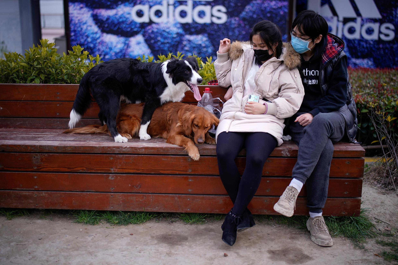 Dịch virus corona đang để lại hậu quả tâm lý cho nhiều gia đình ở Trung Quốc. Ảnh minh họa chụp tại Thượng Hải ngày 06/03/2020.