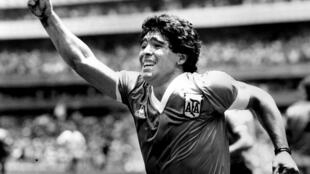 2020-11-25 argentina football diego Maradona sport world cup mexico england 1986