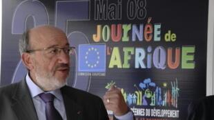 L'ancien ministre belge des Affaires étrangères Louis Michel est le chef de cettte mission d'observateurs européens.